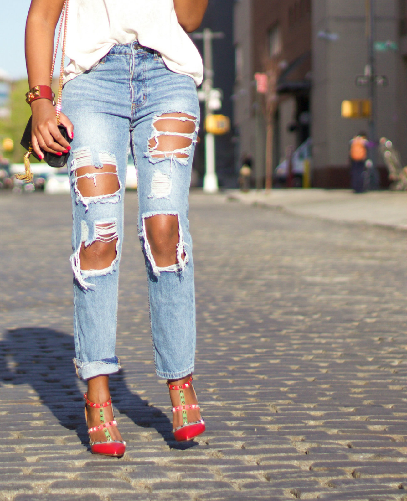 Making Ripped Jeans - Jeans Am