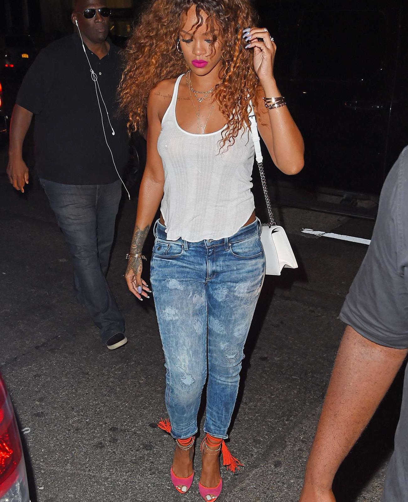 Rihanna S Top 10 Best Street Style Moments